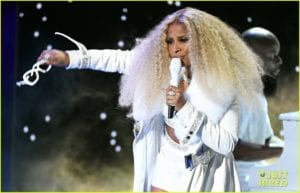 mary j blige performing